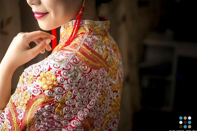 中国人是非常相信本命年的运势的,大多数认为本命年的运势不好,犯太岁,所以很多的事情都不在本命年的时候做。其实本命年也是可以结婚的,那么本命年结婚有什么忌讳呢?
