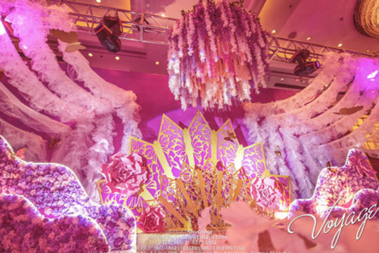 紫色婚礼现场布置