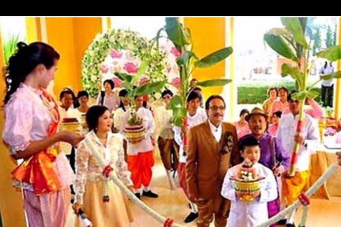 所谓法定结婚年龄是指法律规定男女可以结婚的最小年龄限制。泰国法定结婚年龄是17岁,这是综合考量泰国国情做出的最恰当的年龄选择。一国制定相应规则都需要结合实际,整合所有潜在的、现实的状况,进行分析制定法则。