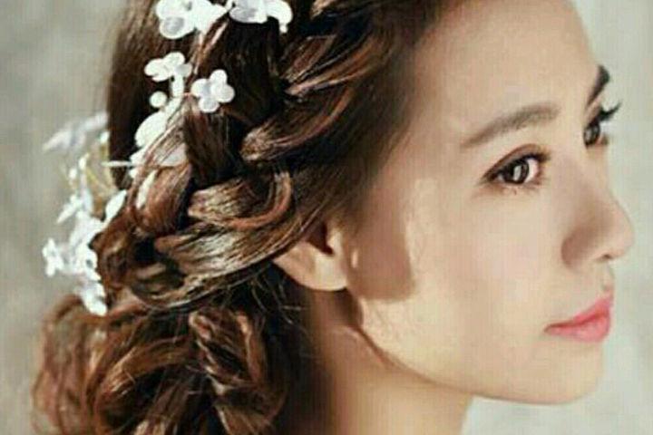 新娘双侧鱼骨辫盘发