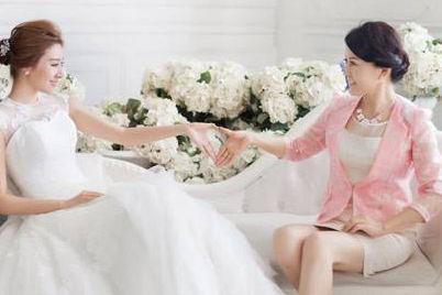 妈妈参加婚礼服装