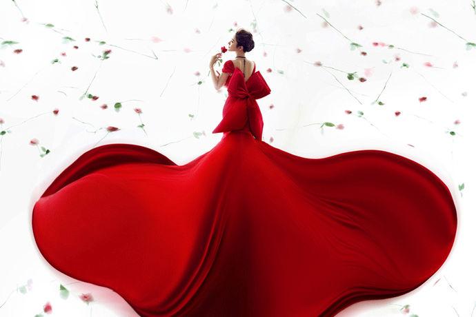 不管是在中国,还是在国外,可以说婚纱礼服的风格种类是比较多的,很多准新娘在选择时,也往往根据自己气质和身材,包括自己地位来选择婚纱礼服,今天就给很多准新娘,推荐一下婚纱礼服的风格种类,希望能对您有帮助。