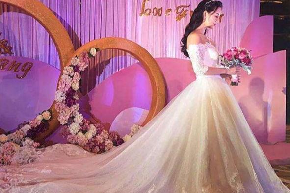 二婚婚纱款式选择