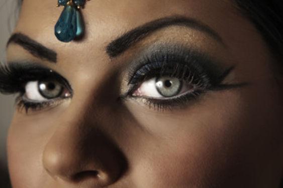 印度新娘妆图片