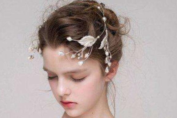 新娘花苞头造型