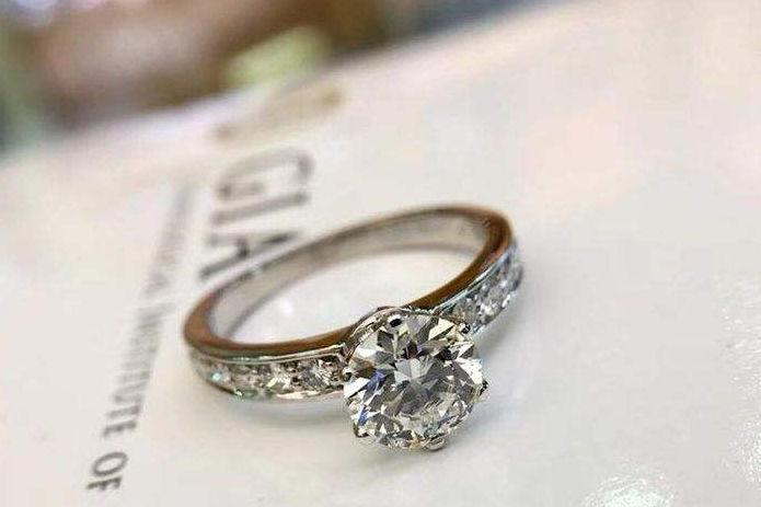 gia钻石
