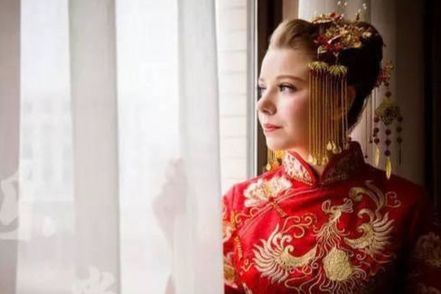 中式复古新娘盘发教程