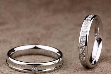 根据星座挑选婚戒
