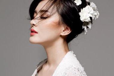 瘦脸新娘造型