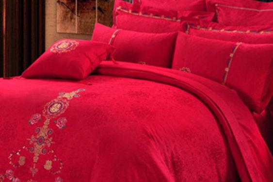 中式婚床布置