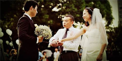 新郎父亲新婚致辞_结婚典礼新郎父亲致辞范文精选 - 中国婚博会官网