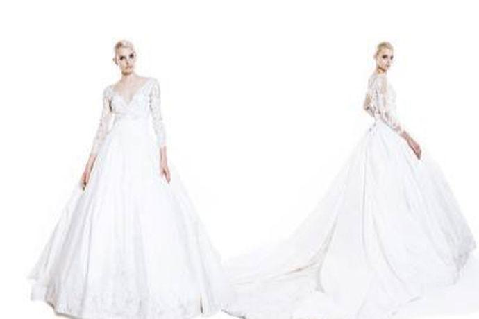 当下韩式风格日益盛行,比如韩式发型,韩版服饰甚至有韩剧。然而,韩式婚纱礼服也是得到多数人的青睐的。各种婚纱礼服的设计都是设计师别具匠心和认真想象后留下来的智慧结晶。
