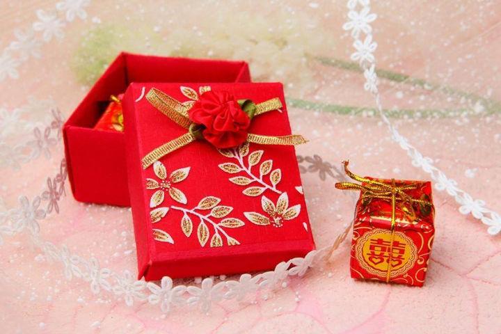 结婚喜糖盒材质