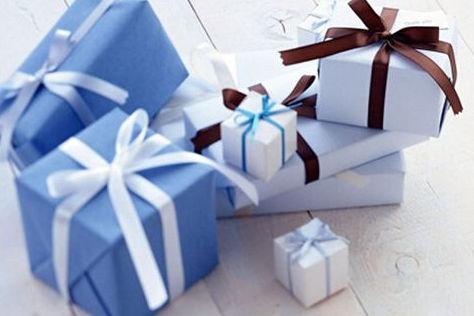 第一次去女方家要带哪4件礼品