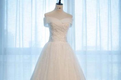 私人定制婚纱