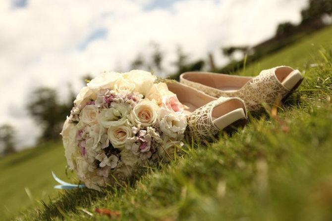 秋季婚鞋图片
