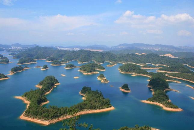 11月旅游地点推荐:盘点 细数中国地图上消失的省份