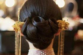 旗袍新娘发型