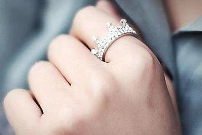 没结婚戒指戴哪个手指
