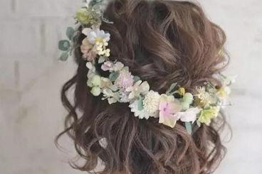 新娘头花一般用什么花