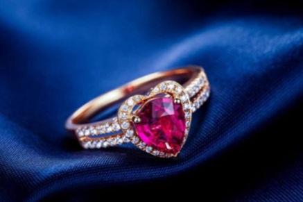 婚礼珠宝首饰