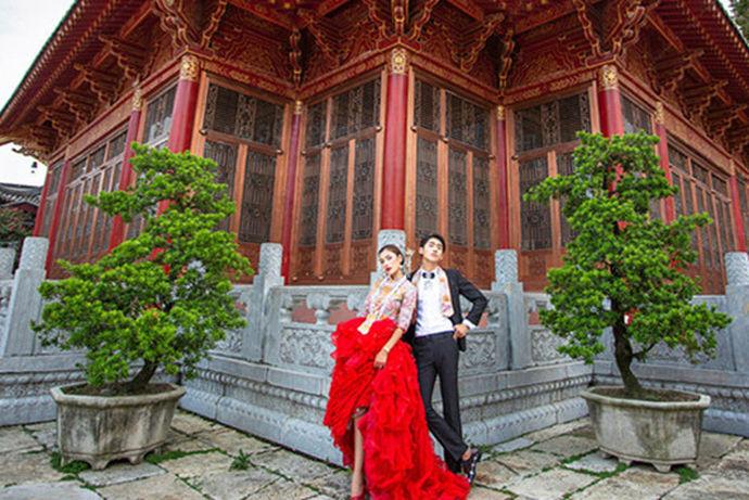 拍婚纱照的风格,婚纱照的经费预算,婚纱照相册、画框、照片、海报数量,以及套餐后期会不会加价?金夫人婚纱摄影怎么样?