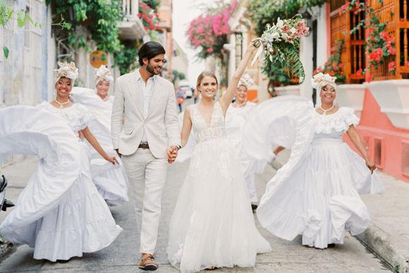 照婚纱照一般多少钱_婚纱照风格