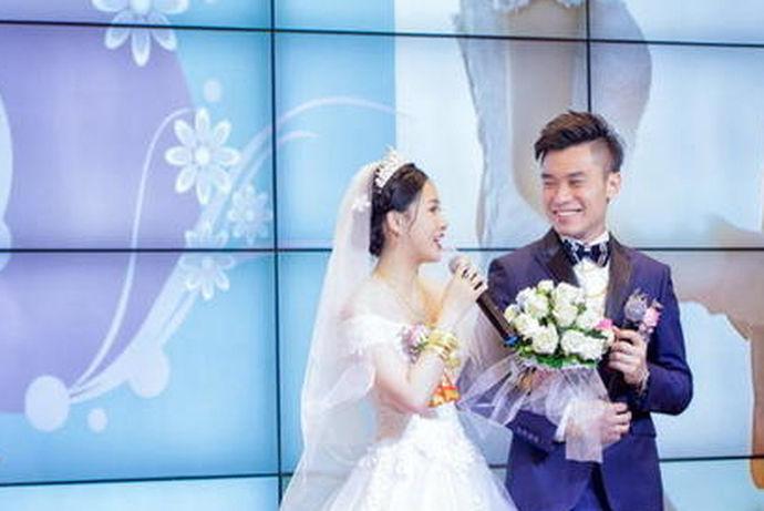 一场浪漫的婚礼,当然要有动听唯美的婚礼歌曲来营造气氛,为婚庆典礼营造浪漫的氛围。