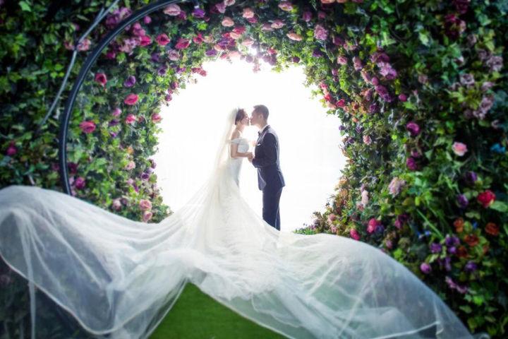 结婚纪念日婚纱照