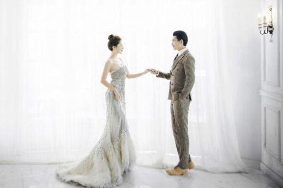 结婚前一天新郎新娘可以见面吗