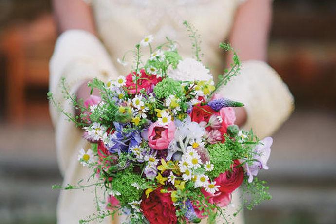 在中国传统文化中的结婚的日子,有一些特别的规定。在有些当地的民俗中,特别规定了结婚的日子,有些日子可以结婚,有些日子不可以结婚。那么在临近九月结婚的新人们知道九月适合结婚的日子有哪些吗?那让我们一起来看看吧!
