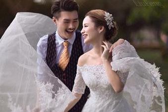 发结婚照片配什么文字?