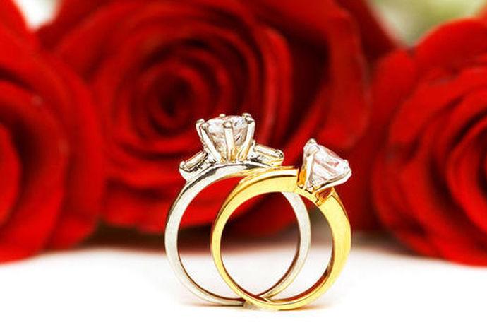 结婚后俩夫妻的生活是平淡的,而结婚纪念日这样具有特殊纪念价值的日子对于夫妻俩来说,是可以给心爱的人一件礼物,或者共同度过美好的一天,七年后的婚姻该如何度过呢,今天我们就来好好了解一下吧!