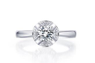 钻石小鸟的钻戒怎么样