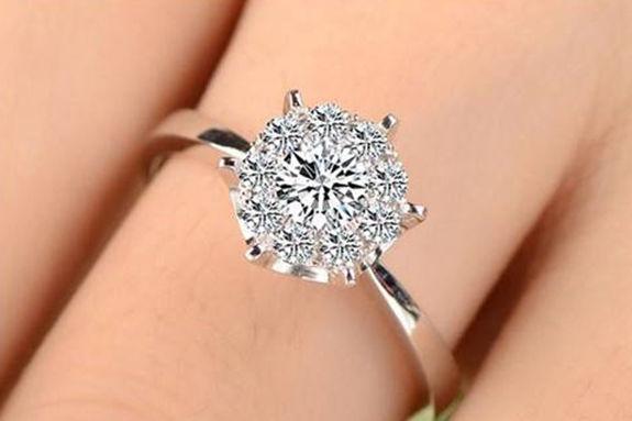 怎么选购钻石