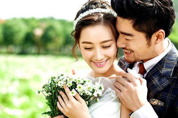 结婚的婚纱照片