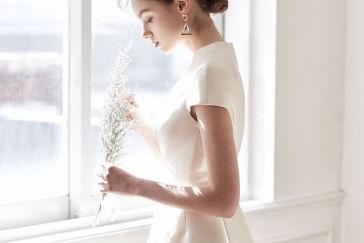 结婚买什么衣服
