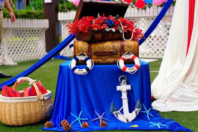 我们一直在讨论伴娘在婚礼当中需要做什么,当然也需要了解当伴郎需要做什么?伴郎伴娘在喜婚礼当中陪伴着新郎新娘的时间最长,伴娘的注意事项不少,那当然伴郎也不例外。一下就是中国婚博会,小编为你们阐述的当伴郎需要做什么?