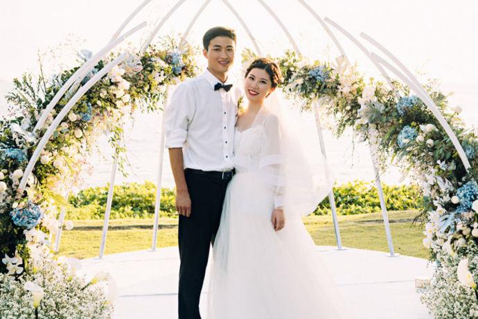 每对新人结婚之前都会拍婚纱照,那么什么时候拍婚纱照最好?对于准新人来说是一个非常难的选择,很多人都不知道怎么去选择合适的时间去拍婚纱照,今天就让小编来说一下关于拍婚纱照的最合适时间是什么时候吧。