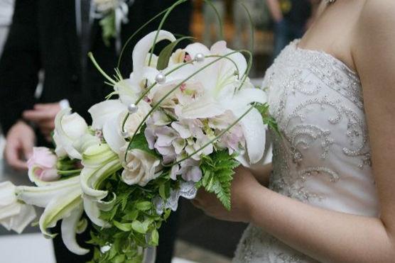 一件婚纱多少钱