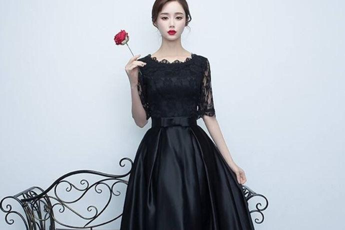 随着科技的发展,时代的变迁,当今的中国发生了翻天覆地的变化,比如交通、房子等,包括衣服也发生了很大的变化,从以前的女士旗袍、男士的中山装等到现在的各种款式的礼服,那么,有人会问,到底什么是礼服呢?礼服又有哪些类别呢?