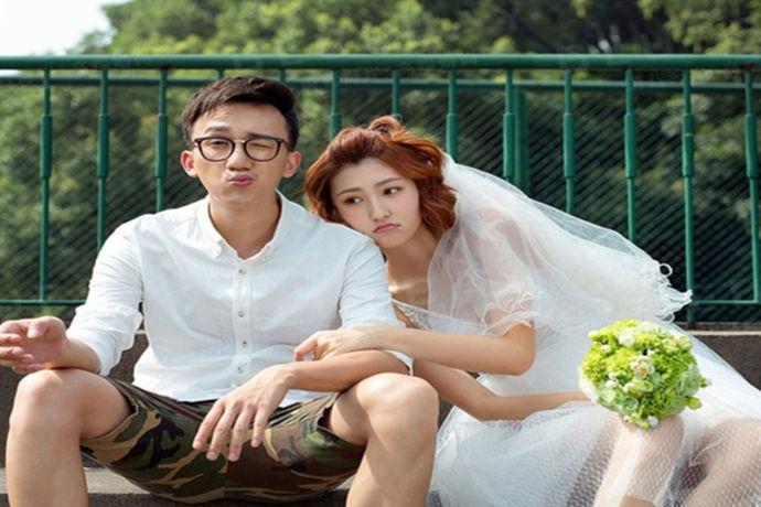 相信每一对即将结婚的新人都对拍结婚照有着不一般的情感了,拍结婚照是在结婚之前所需要办理的一堆事之中最重的了,结婚照在结婚当天现场的布置中可也是起了很大的作用的,所以今天小编就为大家带来摄影婚纱最好的婚纱摄影品牌有哪些。