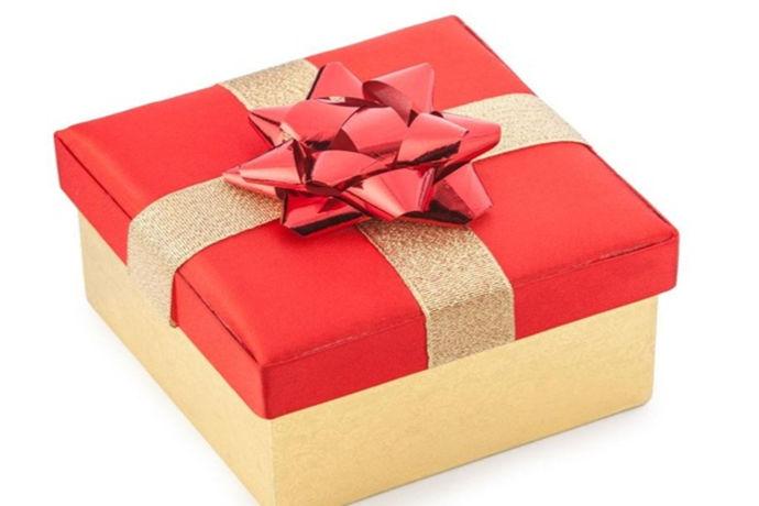 对于一个人的一生来说,结婚都是一件十分重要的事情。所以说每个人在结婚的时候都十分的重视,而且会邀请自己玩的非常好的朋友。现实生活中,如果自己的朋友要结婚了,作为参加婚宴的我们应该送些什么才好呢?今天中国婚博会小编就为大家带来一篇朋友结婚送什么礼物好的文章。