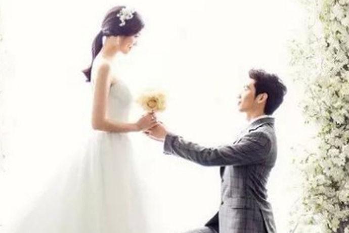 我们都知道,对于人的一生来说,拍摄婚纱照都是一件非常重要的事情,我们每个人都希望将自己的美丽瞬间定格在婚纱照中。那么对选择婚纱照拍摄的商家来说,这是十分的重要了,今天中国婚博会小编就为大家带来照婚纱照哪家影楼好?