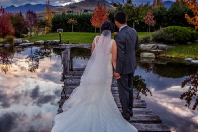结婚是每个人一生中的一件大事,每个人都希望自己的婚姻能够非常的圆满。对于刚刚举办完婚宴的人来说,一般都希望自己能和另外一半一起度过一个完美的蜜月。今天中国婚博会小编为您带来结婚蜜月去哪里好。