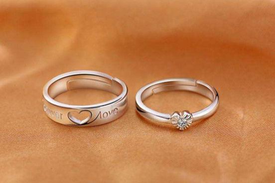 订婚戒指和结婚戒指有什么区别