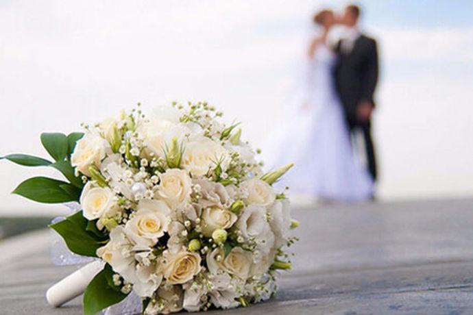 对于新人们来说拍婚纱照是一件非常浪漫幸福的事情,也是一生一次一辈子最重要的事情,那么拍结婚照注意事项有哪些呢?