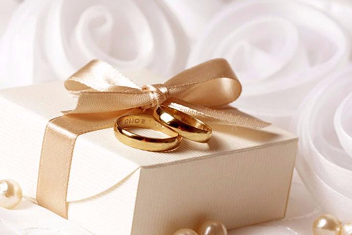 对于每个人来说,对于婚姻的概念观都不一样,所以说每个人的想法都不一样。不管对于谁来说,大部分的人,在这一生中可能都会去结婚。对于结婚的年龄来说,很多人也有不同的看法。今天中国婚博会小编就带大家一起来了解一下早结婚好吗?