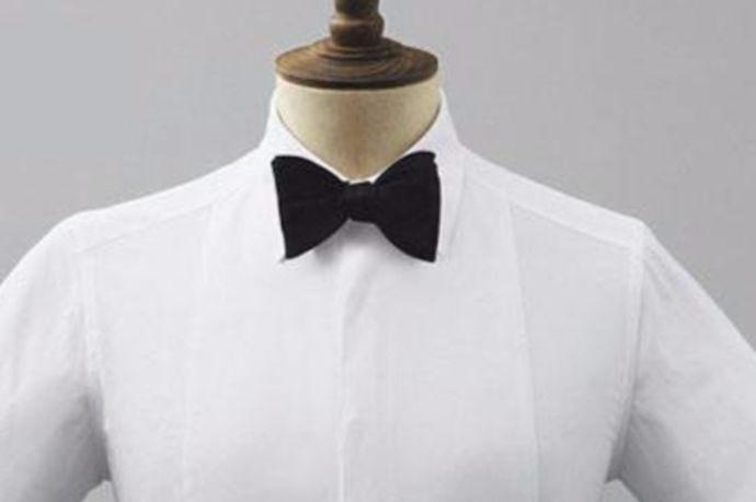 对于生活中穿西服的人来说,总是会面临一个问题,那就是要系领带和领结。那么你会系领结吗?今天中国婚博会小编就带您来了解一下如何系领结。