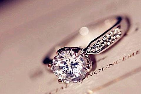 不婚戒指带哪个手指女五指戴戒指的含义- 中国婚博会官网